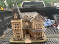 Dollhouse NEGOTIABLE! Sterling, 20164
