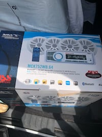 """Boss 6.5"""" 4 speaker system with head unit Anderson, 29621"""
