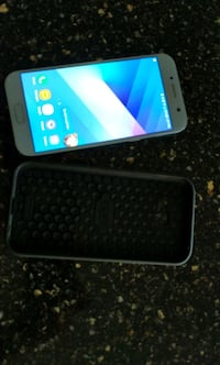 Samsung A5 been used a month comes with case Chestermere, T1X 1W2