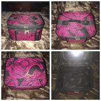 Makeup case Pitt Meadows, V3Y 1M8