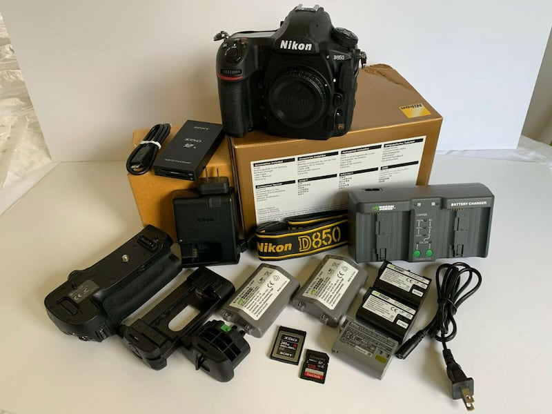 Nikon D850 Body w/XQD and SD Memory Cards & Extra Batteries 5668321a-6aec-4426-9586-70ea3d847f9a