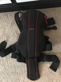 Red and black baby carrier Norfolk, 23503