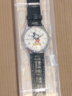 round face Disney Mickey Mouse Analog watch with black leather strap
