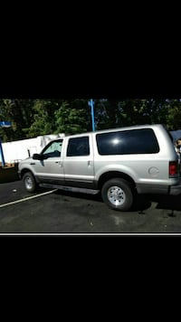 Ford - Excursion - 2002 South Plainfield, 07080
