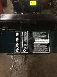 "5hp 24"" dual stage snowblower  Newmarket, L3Y 6Z3"