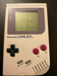Pent brukt original Gameboy i original eske 6221 km