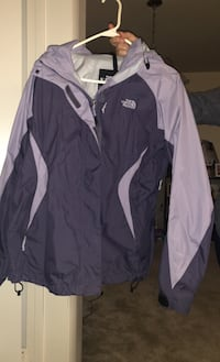 North face woman's jacket  Silver Spring, 20904