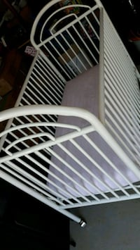 Metal white baby bed Brandenburg, 40108