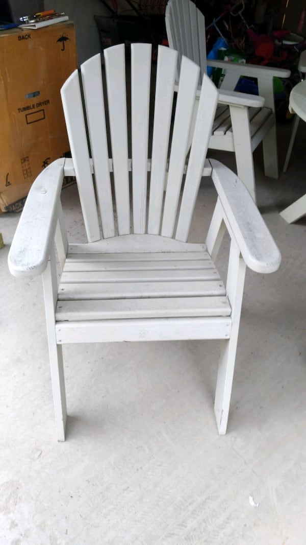 The Bear Chair Solid Wood patio set 1
