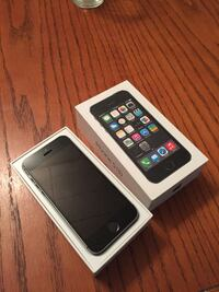 Unlocked iPhone 5s 32gb Oshawa, L1J 6G9