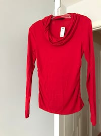 Red turtleneck sweater new Bristow, 20136