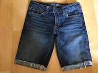 American Eagle skinny Bermuda jean shorts, stretch, ladies size 4 - $10 Mississauga, L5L 5P5