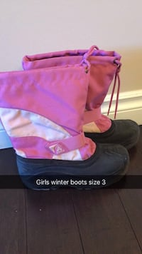 girl's size 3 black-and-pink Kamik wide-calf snow boots Calgary, T1Y 1X8
