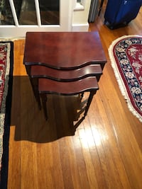 Brown Wooden Set of 3 Nesting Tables New York, 11375