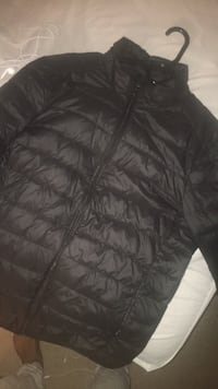 black zip-up bubble jacket Waldorf, 20602