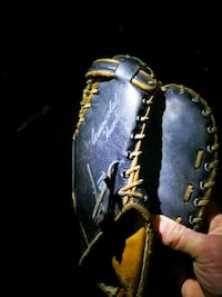 black and brown leather baseball mitt New Westminster, V3M 5X2