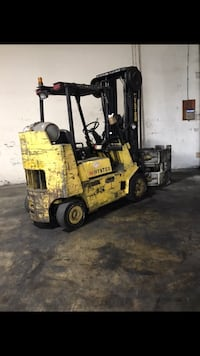 Hyster Forklift 8000 Lbs.   With Rotator Clamp attach   Los Angeles, 90006