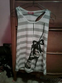 Striped tank with a heel and jewels size medium  Sidney, V8L 1S3