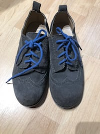 Gap real leather suede shoes - size 3 kid Arlington, 22202