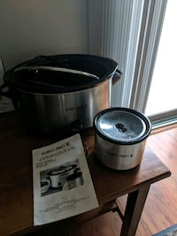 6 qt Slow Cooker with little cooker Westmont, 60559