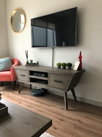 TV Stand and Coffee Table Set Hillsboro