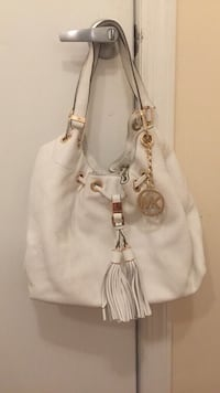 women's white leather shoulder bag Gaithersburg, 20879