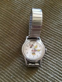 Vintage Minnis Mouse watch for children.