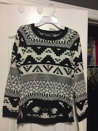 gray and black knit sweater girls
