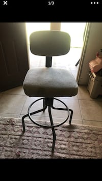 Used chair turns , Eastside El Paso, 79936