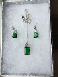 Vibrant green pendant necklace and ear rings, white gold filled, AAA Zircon Cut Sparks, 89441