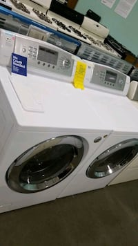 Lg electric set dryer/washer 27inches.  Hauppauge