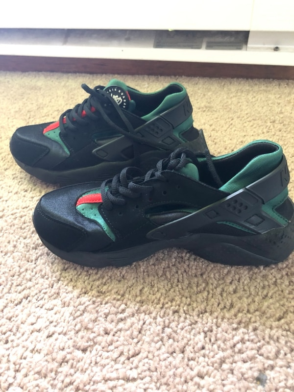 best sneakers f7a35 ee4cf Nike huarache Gucci limited edition
