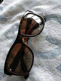 Gucci Sun Glasses/ Women Prince George's County, 20785