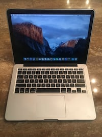 MacBook Pro 13' 15 inch 4GB W/ Retina Vienna, 22180