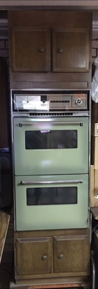 Tappan Gas Oven/Broiler With Cabinet Plus Three Additional Kitchen Cabinets El Paso, 79915