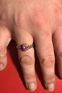 Ring size 8. Sterling silver woman's band. Pink crystal  Murfreesboro, 37129