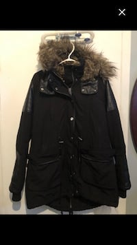 Very nice jacket size L very very warm must sell fast Montréal, H4E