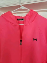 Ladies XL Loose fit brest cancer awareness drifit UA jacket  Murfreesboro