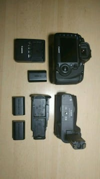 Canon mark iii with battery pack Brampton, L6X 1Y7