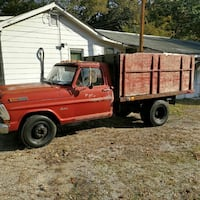 Ford - F-350 - 1971 Triangle