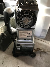 Automatic electric pay phone with keys, make offer  Crownsville, 21032