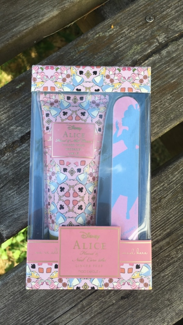 Disney Alice hand & Nail cream