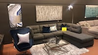 Sectional Couch Bellevue, 98004