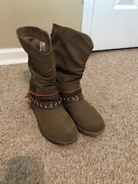 Women's brown boots - size 6 Fort Payne, 35967