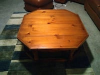 Coffee Table w/Matching End Table Canal Winchester, 43110