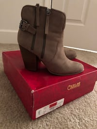 Wedge bootie size 9.5 32 mi