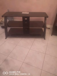Glass tv stand * NEED GONE TODAY* Brampton, L6S 4E4