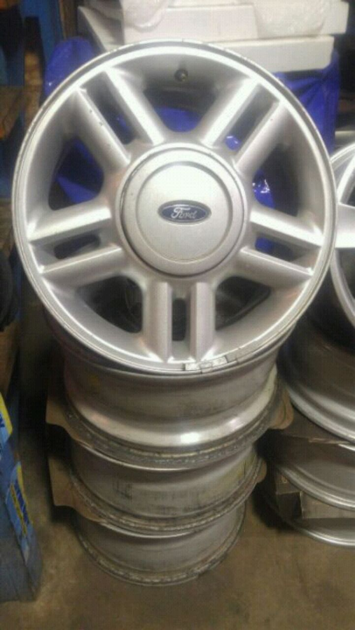 Photo 17 inch Ford rims