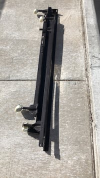 Adjustable bed rails, twin to queen, like new. El Paso, 79911