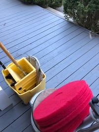 PHOENIX High Speed FlOOR Maintainer complete with 5 Red Buffing Pads. Carpet bonnet Pad, Bucket & Ringer Georgetown, L7G 2E8